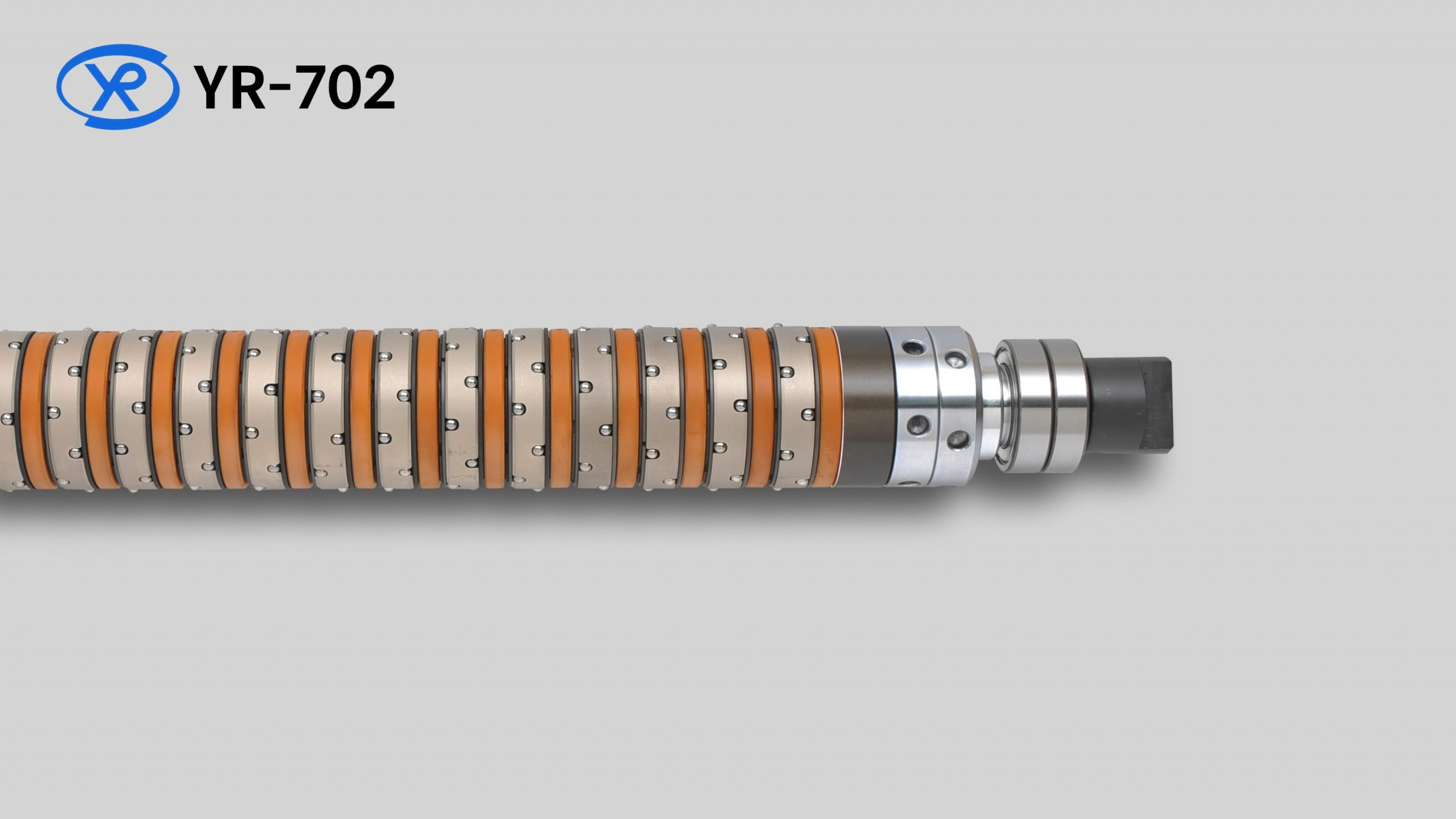 YR-702